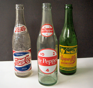 Retro~Bottles.jpg (176367 bytes)